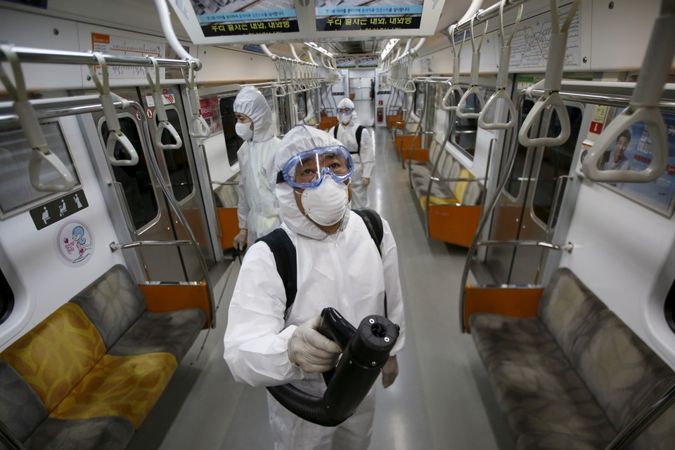 Why was south korea keeping its schools closed yale global health virologists screen a subway for traces of the mers disease source the atlantic publicscrutiny Gallery