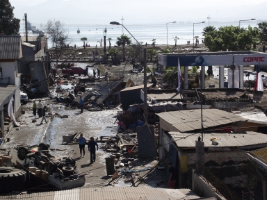 Destruction on the Ecuadorian Coast near Coquimbo. Source: Wikimedia